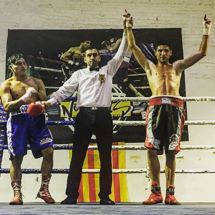 Cristobal Lorente vence Gallego Prada Boxeo Barcelona