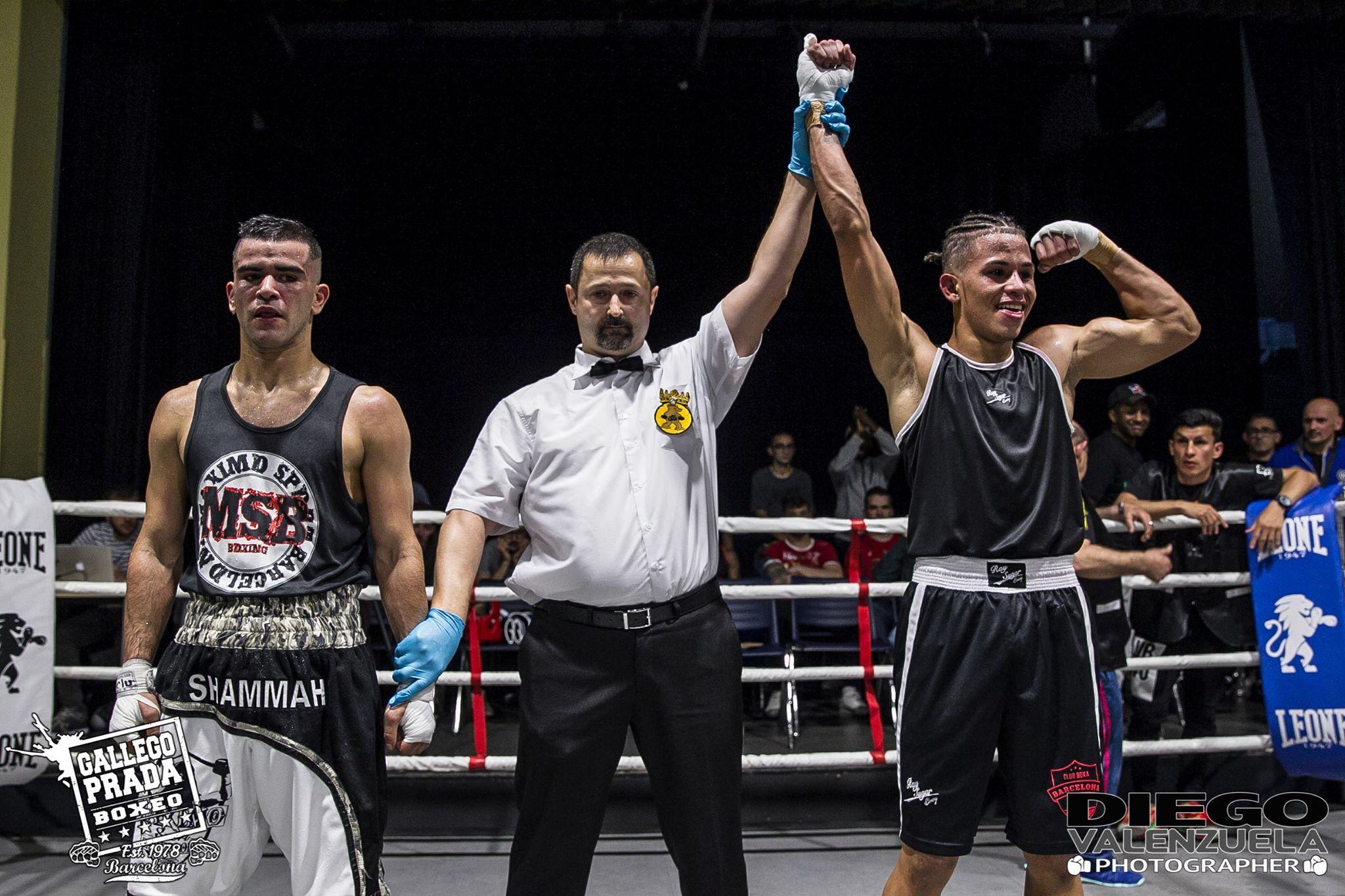 - Junio Ramírez (Club Boxeo Barcelona) venció a Alonso Gutiérrez (Maximo Sport)